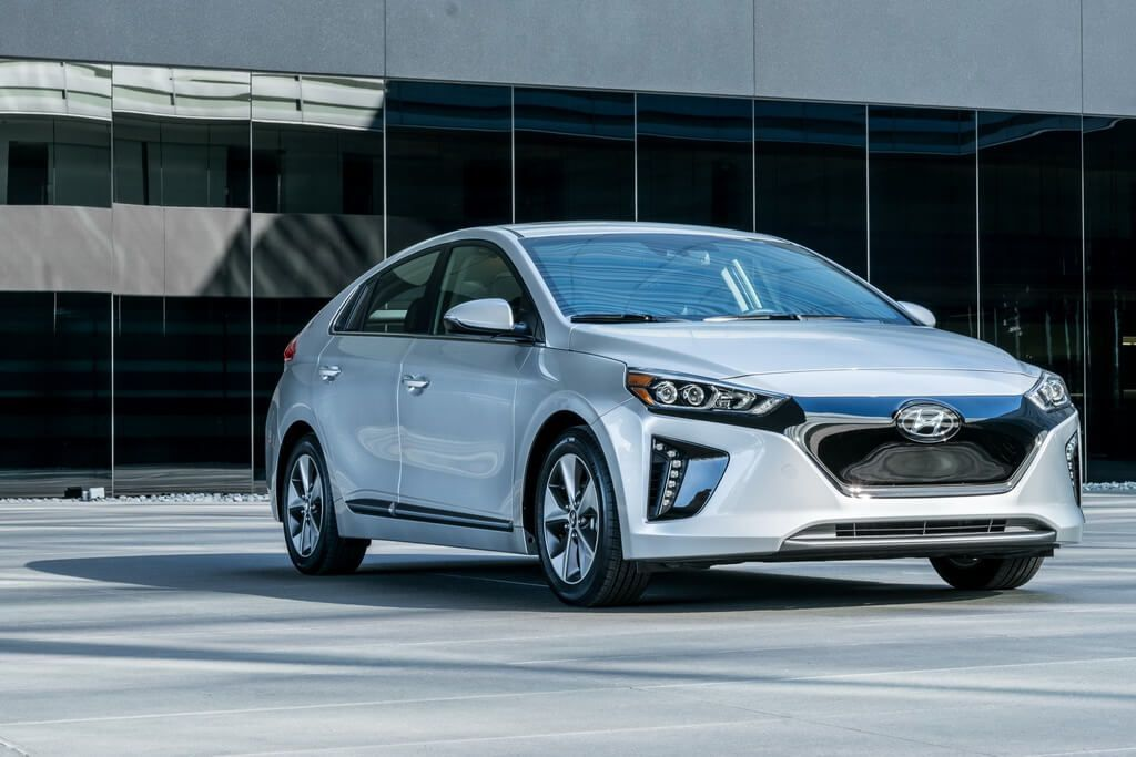 Hyundai Ioniq Electric 28 Kwh Specs Photos Price Offers And Incentives