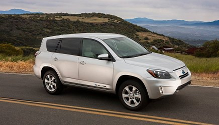Toyota RAV4 EV II photo 2