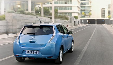 Nissan Leaf 24 kWh (2011) photo 3