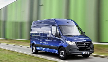 Mercedes eSprinter photo 1