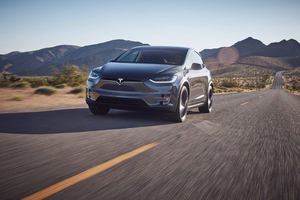 Tesla Model X Performance (P100D)