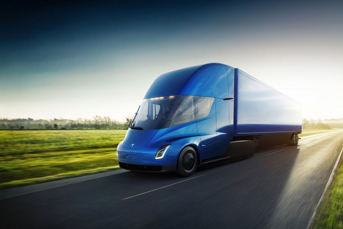 Tesla Semi Long Range