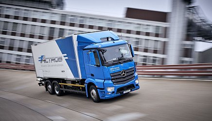 Mercedes-Benz eActros photo 2