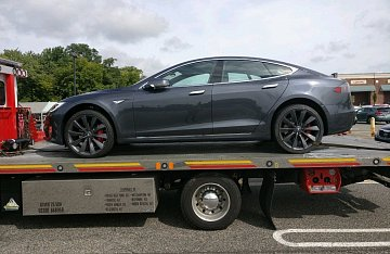 Things to know when buying a Model S