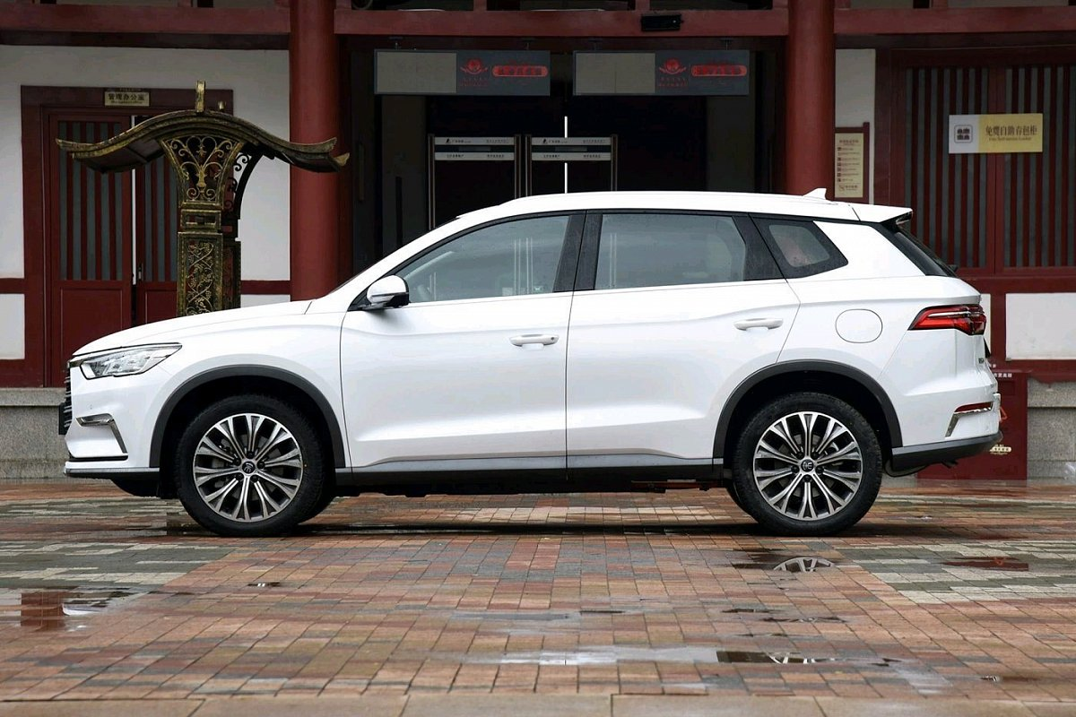 BYD Song Pro EV High power version specs, price, photos, offers and  incentives
