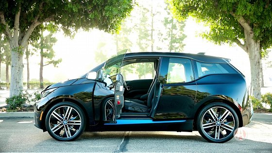 Video: 2017 BMW i3 | 5 Reasons to Buy | Autotrader